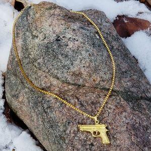 Other - Gun necklace